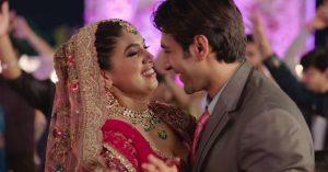 Kartik Aaryan & Bhumi Pednekar in Pati Patni Aur Woh (2019)-cinemabaaz.xyz
