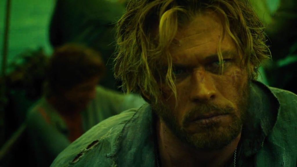 Chris Hemsworth in In the Heart of the Sea (2015)-cinemabaaz.xyz