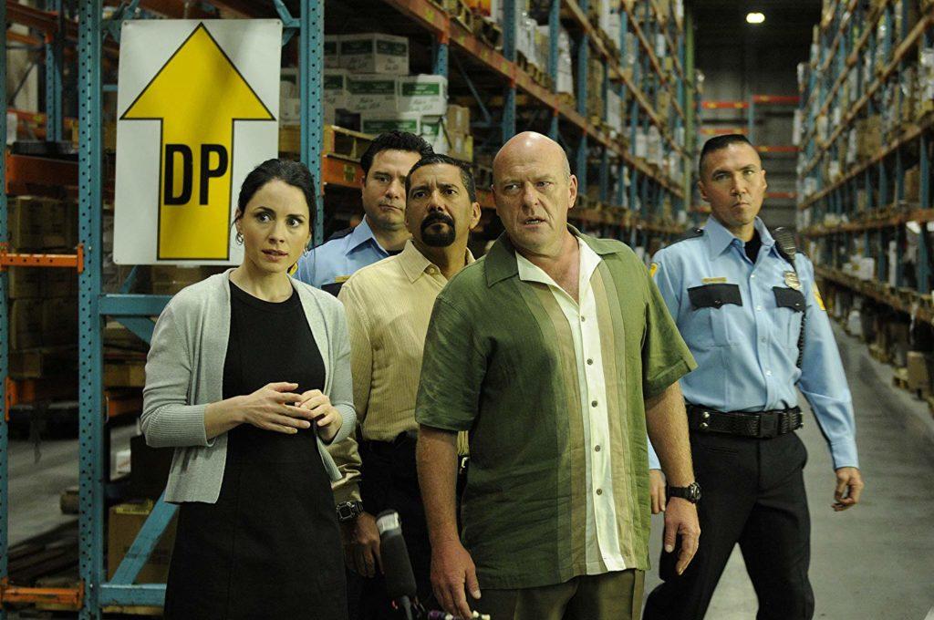 Laura Fraser, Dean Norris, and Steven Michael Quezada in Breaking Bad (2008)-cinemabaaz.xyz